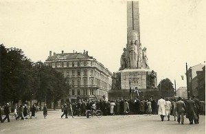 Riga in the first days of German occupation (Yuly, 1941)